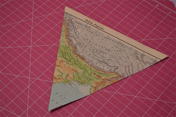 DIY-Map-Paper-Bunting---Cut-Bunting-to-Size