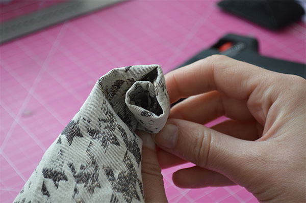 DIY Fabric Rolled Flower - Rose