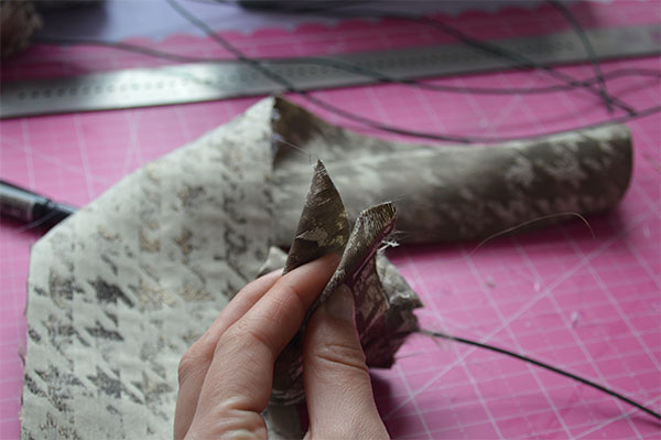 DIY-Fabric-Rose-fold-ends-into-points