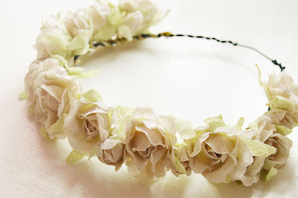 Make-Your-Own-DIY-Flower-Crown