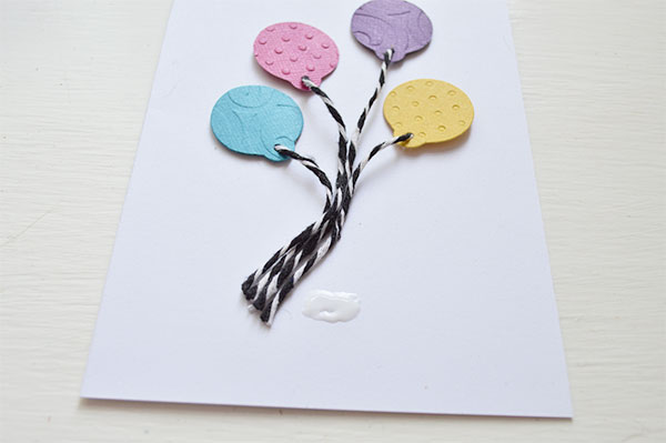 Bakers-Twine-and-Cardstock-Balloons