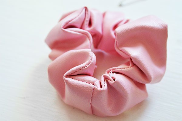 Make-A-Scrunchie