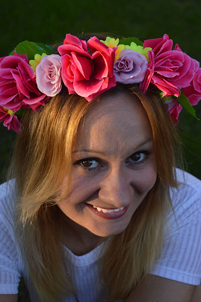 DIY-Flower-Crown-Tutorial-from-Oh-Hi-DIY