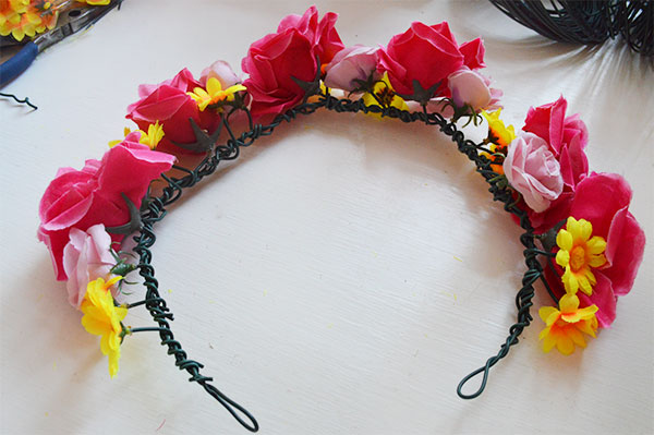 Flower-Crown-DIY-Tutorial